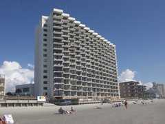 Royal garden resort accommodations myrtle beach sc for Garden city myrtle beach hotels