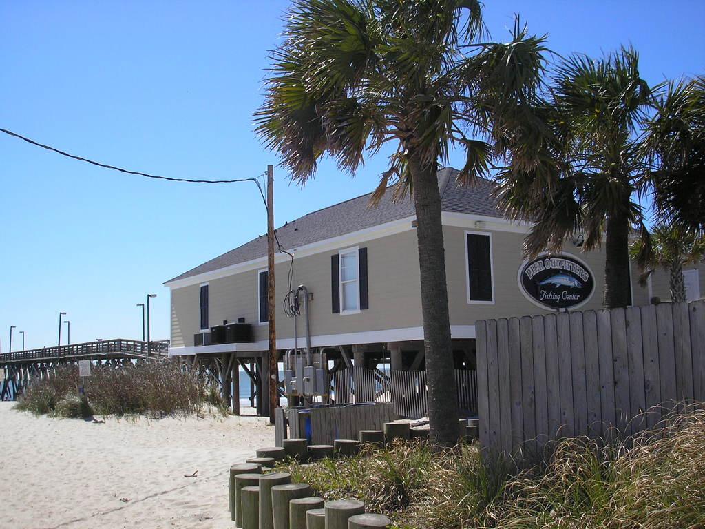 Surfside pier fishing myrtle beach sc for Fishing myrtle beach sc