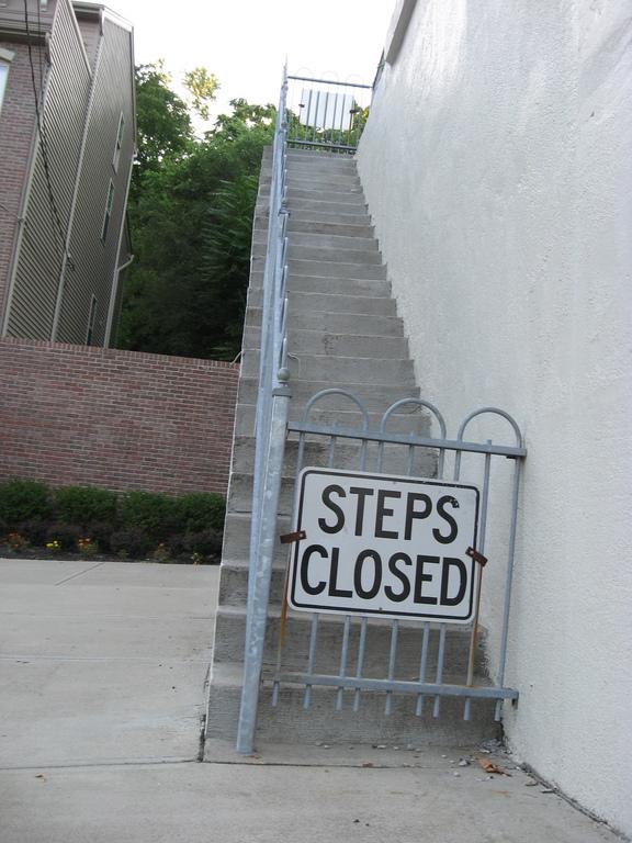 Edinburgh Place Steps, 222